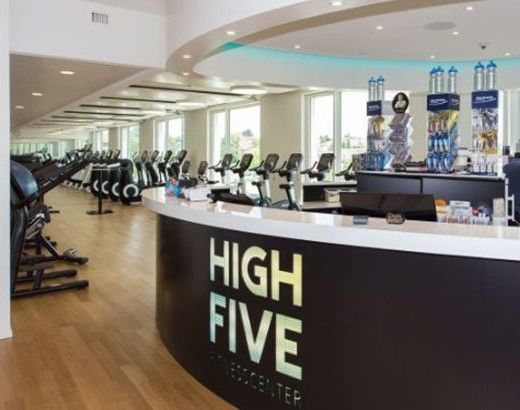 Referenzobjekte: High Five Fitness AG