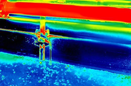 Temperaturmessung mit Wärmebildkamera in der Metallindustrie